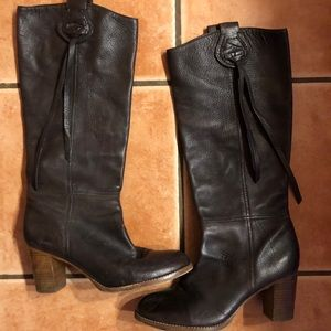 Coach Boots. Buttery soft leather pull in size 8